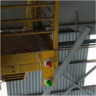 Aplicação de Sinalizador Ovolux em Ponte Rolante