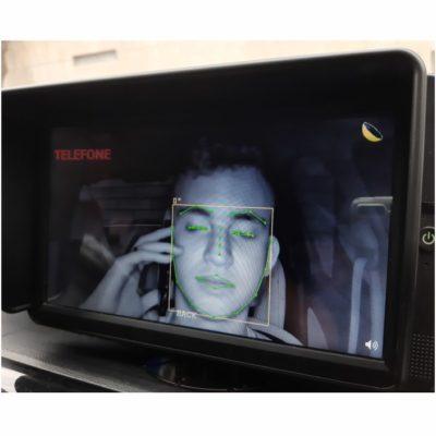 Detecção do condutor falando ao celular
